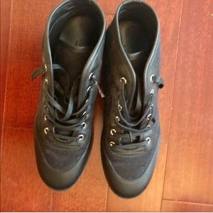 Gucci black leather canvas sneakers